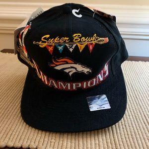 "Super Bowl XXXII ""32"" NFL Broncos Hat"